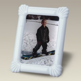 """7.25"""" x 9.25"""" Scalloped Picture Frame"""