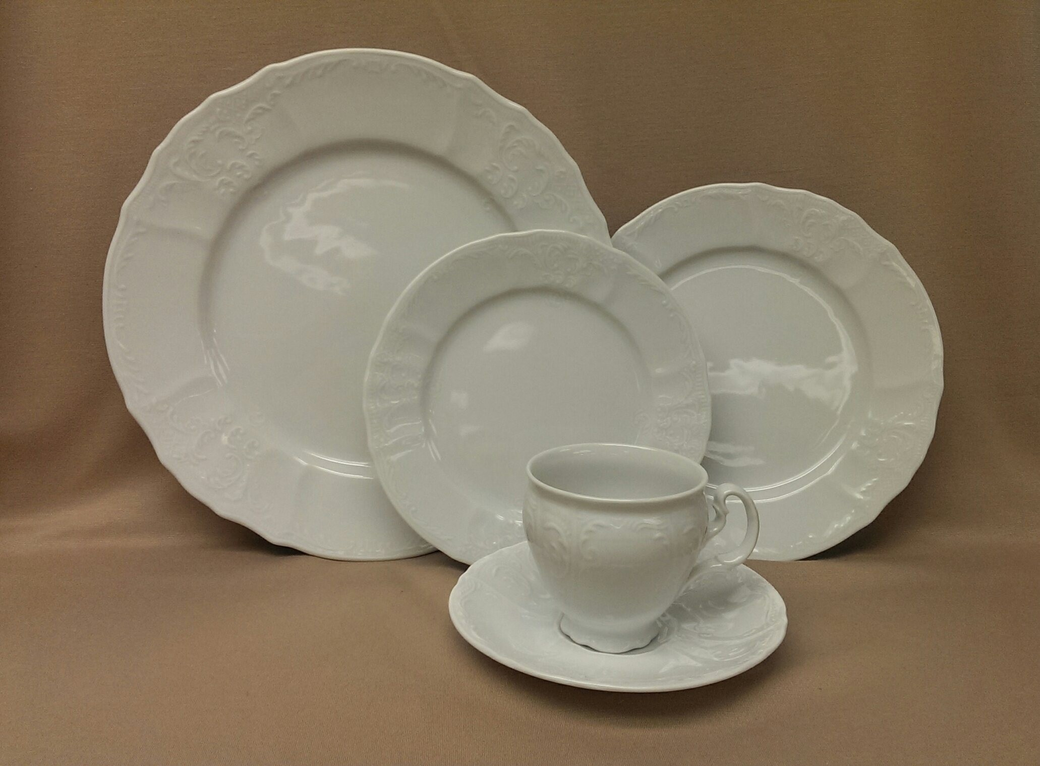 5 Piece Bernadotte Dinnerware Set & 5 Piece Bernadotte Dinnerware Set | Maryland China