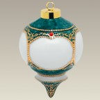 Green & Gold Ornament, 4""