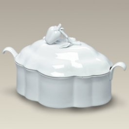 1 Qt. Casserole with Strawberry Lid